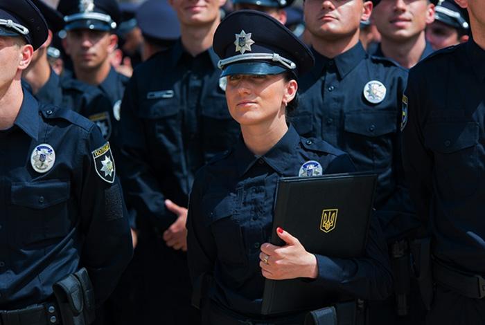 Украинская милиция превратится в полицию не ранее чем через год – Полищук