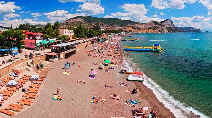 Крым уже посетили 4 миллиона туристов