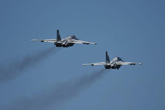 В воскресенье над украинскими городами будут летать боевые самолеты — гражданских просят не волноваться